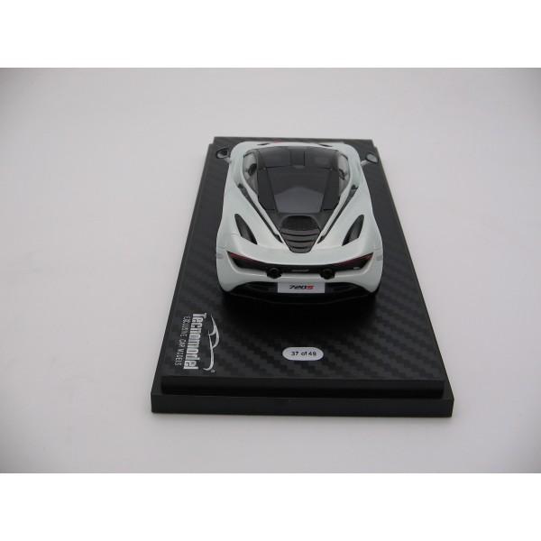 1//43 scale Tecnomodel McLaren 720S Ice Silver 2017 T43-EX08D
